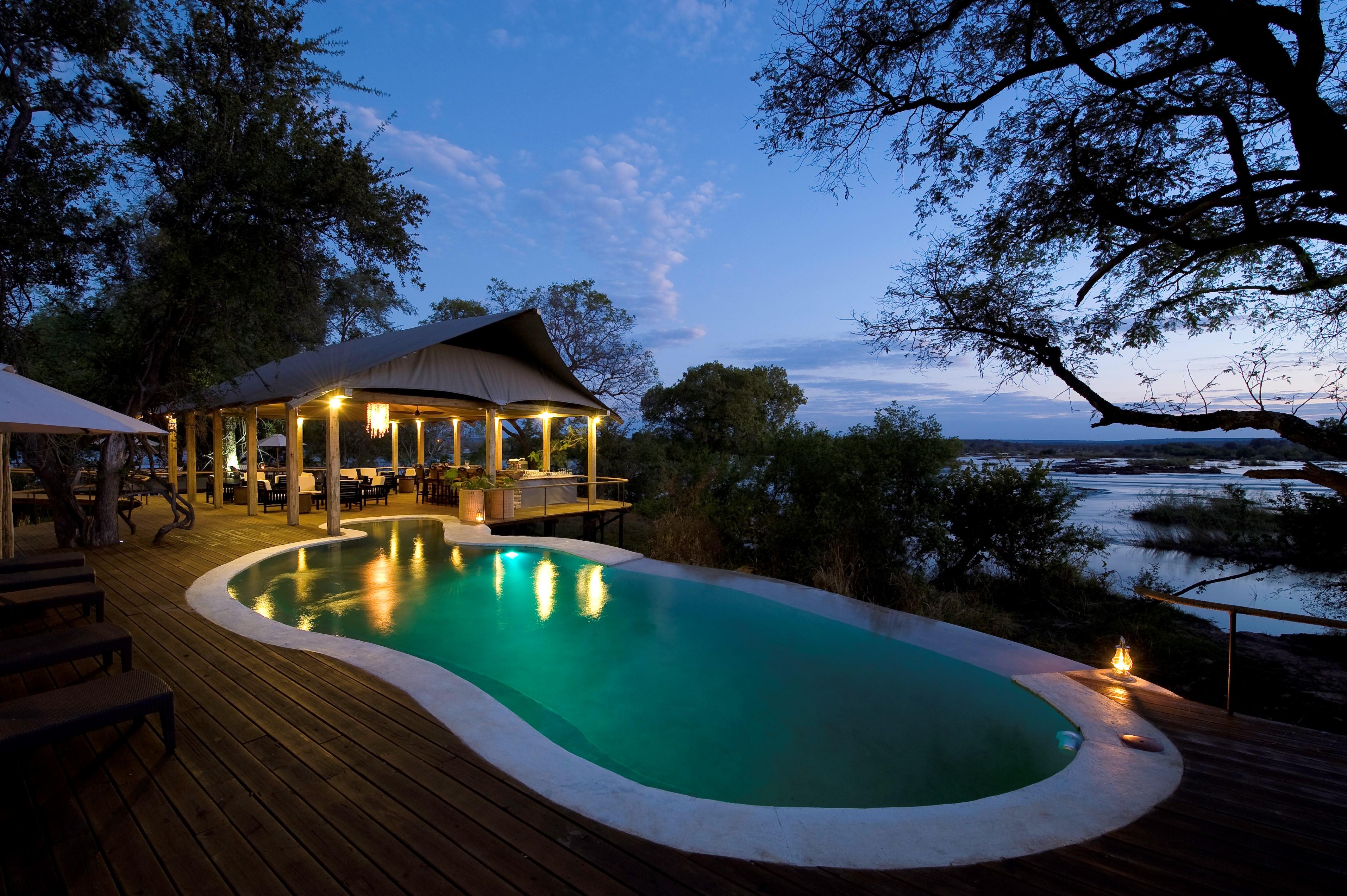 South Luangwa National Pa Zambia  city photos gallery : ... zambia läs mer om hotellet spara chuma house zambezifloden zambia